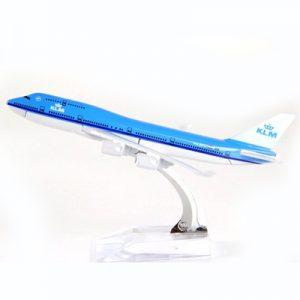 KLM Royal Dutch Airlines Boein...